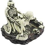 SOAREO Cenicero de resina con calavera humana para decoración de Halloween de miedo, calaveras decorativas, figuras de esqueletos para accesorios de bar, decoración de habitación de fumadores (on)